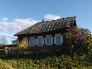 Дом в селе Сулём на Чусовой.. Автор: Михаил Латышев