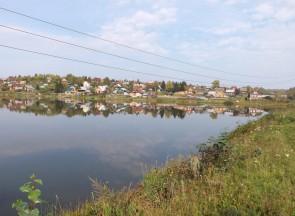 В деревне Каменке в 1869 году имелось 97 дворов и православная церковь.. Автор: Михаил Латышев