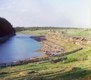 Кашка – деревня-пристань. Автор: С.М. Прокудин-Горский, 1912 г.