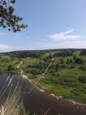 Бывшая деревня Кашка на Чусовой. Вид с бойца Дождевого. Автор: Дмитрий Латышев