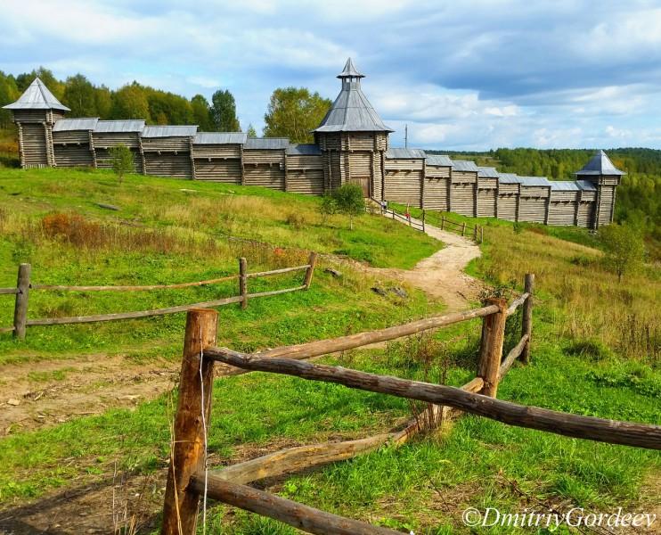 Крепостная стена п. Загубашка. Автор: Дмитрий Гордеев