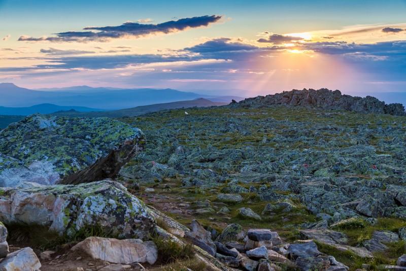 Восход солнца на Иремеле. Автор: Игорь Яковлев