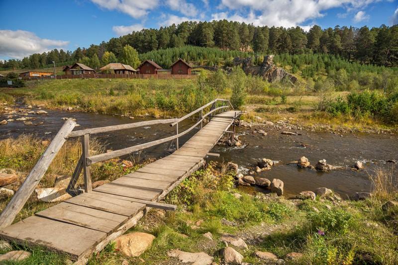 Один из мостиков через Тюлюк. Автор: Анна Мочалова