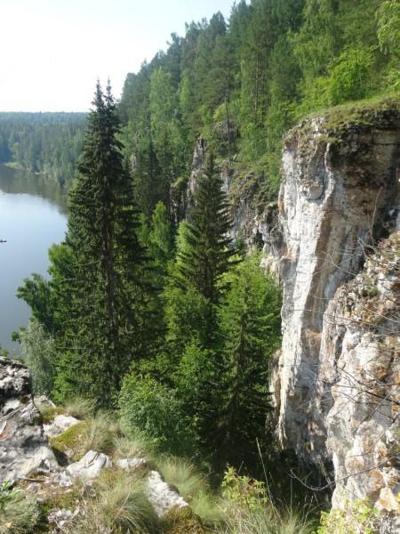 Дальние скалы Винокуренного, к северу. Автор: Юлия Пухова