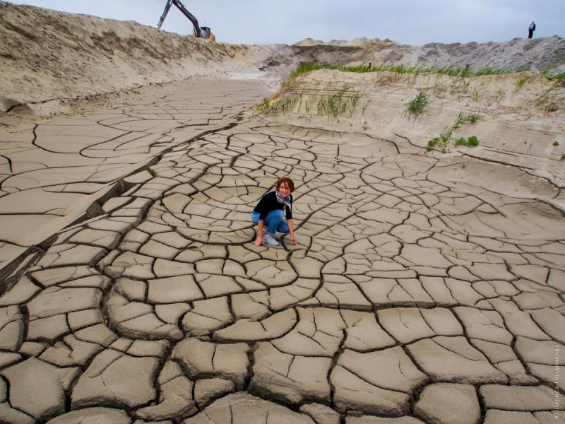 Тайгинские пески –не что иное как хвостохранилища отходов графитового комбината. Автор: Лариса Позднякова