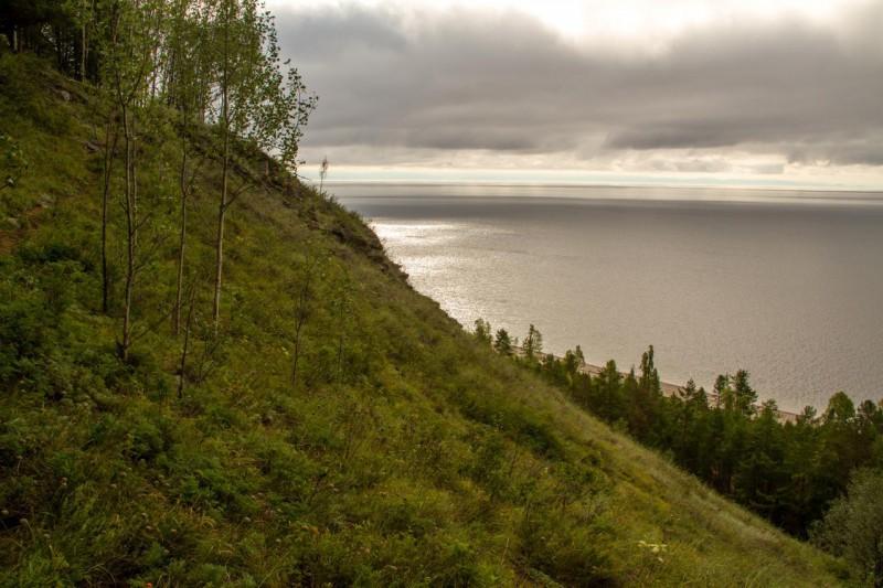 Вверх по крутой тропе. Автор: Александр Ермаков