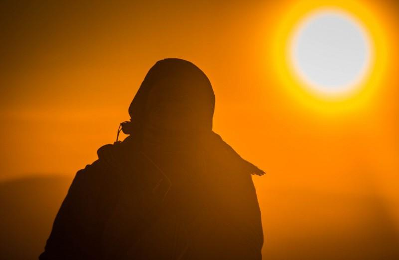 На финишной прямой с севера налетели облака, закрыли солнце и поднялся сильнейший ветер, который при такой температуре обжигал лицо. Автор: Тимофей Лесняк