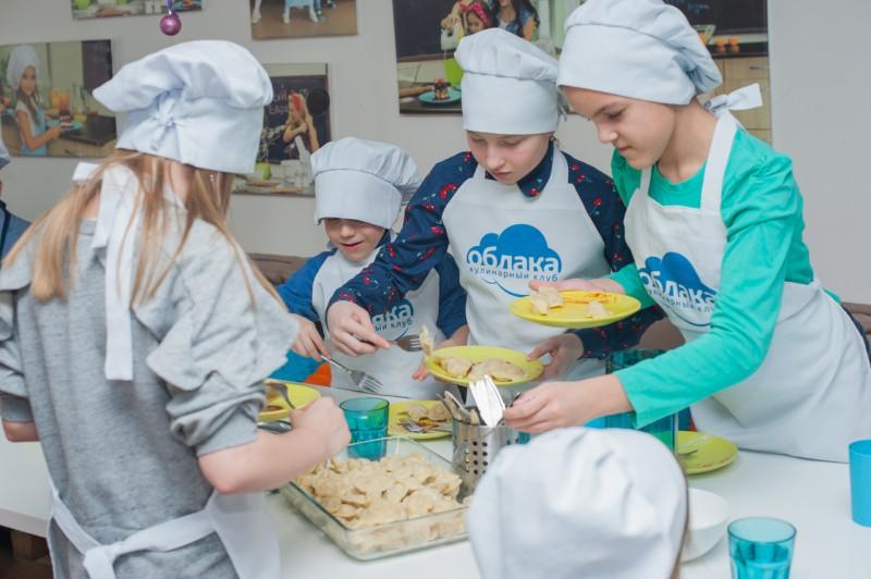 Пельмень - party с бабушками из Бураново. Автор: