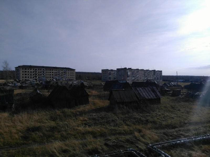Вид на заброшенный город.. Автор: Евгения Ушакова-Суздалева