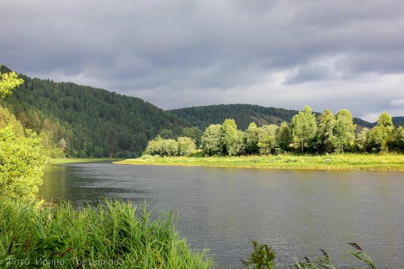 Река Белая. Автор: Ирина Третьякова