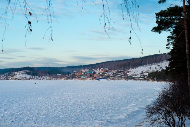 Поселок Тургояк. Автор: Константин Теличко