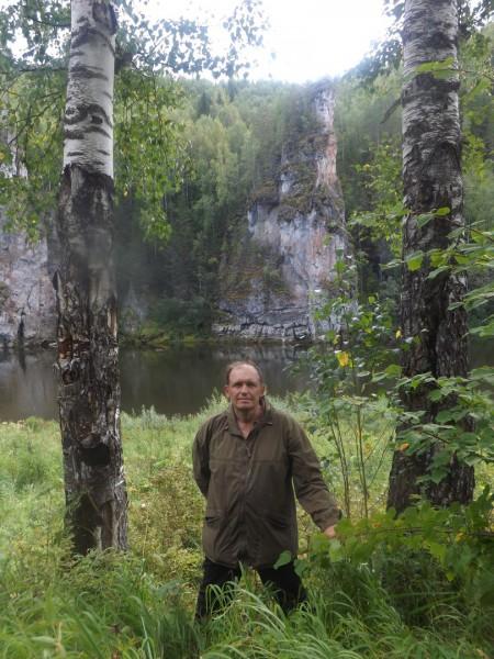 Старик в тулупе?. Автор: Дмитрий Латышев