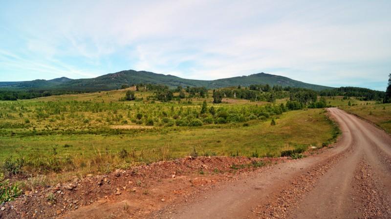 По пути к озеру Карагайкуль. Автор: Юрий Чкареули