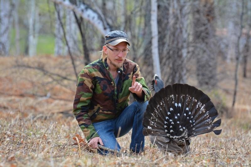 Евгений Попов со своей моделью. Автор: не установлен