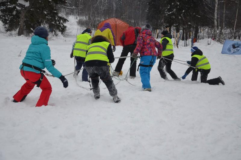 Домбайский футбол на Снежинке. Автор: не известен