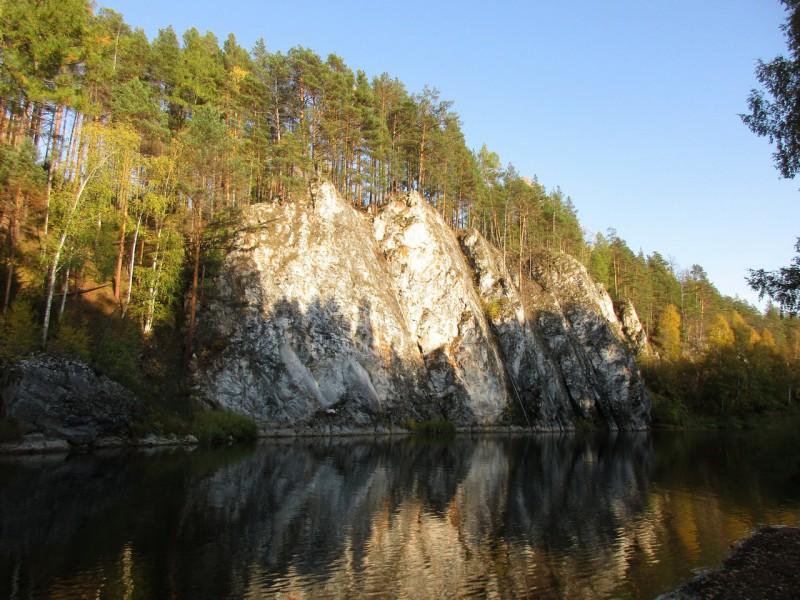 Другая сторона камня Сибирского. Автор: Михаил Латышев