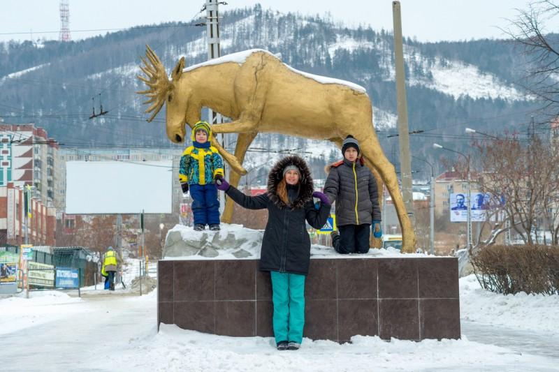 Золотой Лось - символ города Миасса.. Автор: Константин Теличко