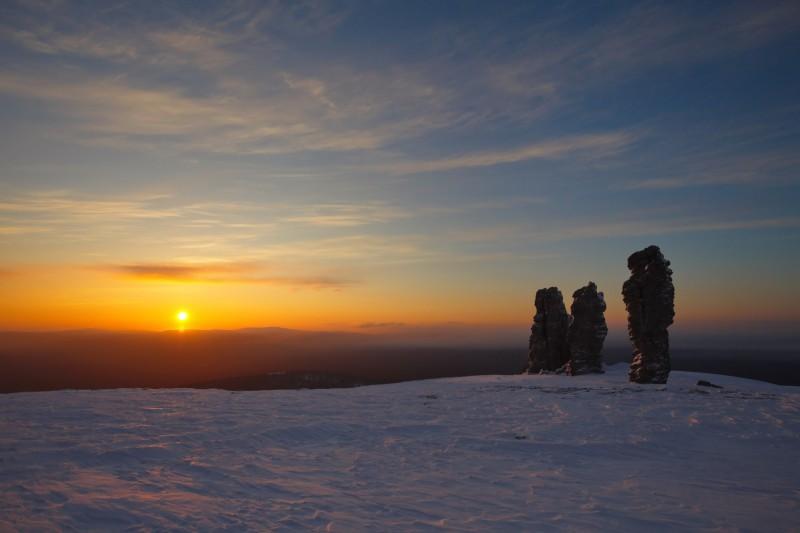 Закат на плато Маньпупунёр. Автор: Евгений Жаравин