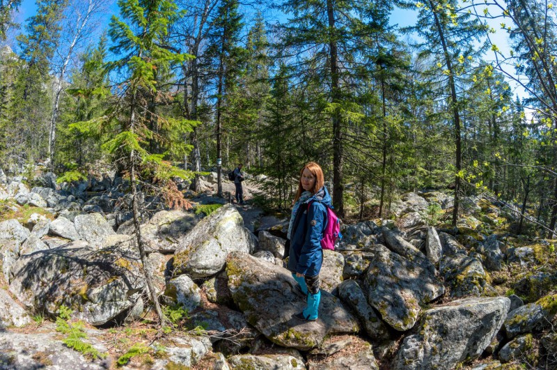Распогодилось. Мы примерно на середине пути до вершины.. Автор: Константин Теличко
