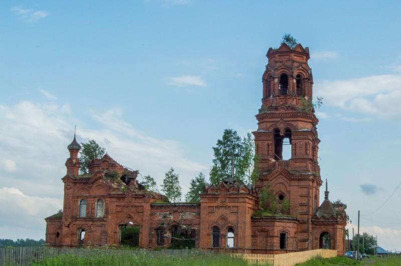 Покча. Благовещенская церковь. Автор: