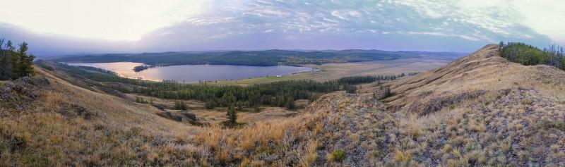 Озеро Калкан . Вид с хребта Калкан-Тау. Автор: Ирина Аблеева
